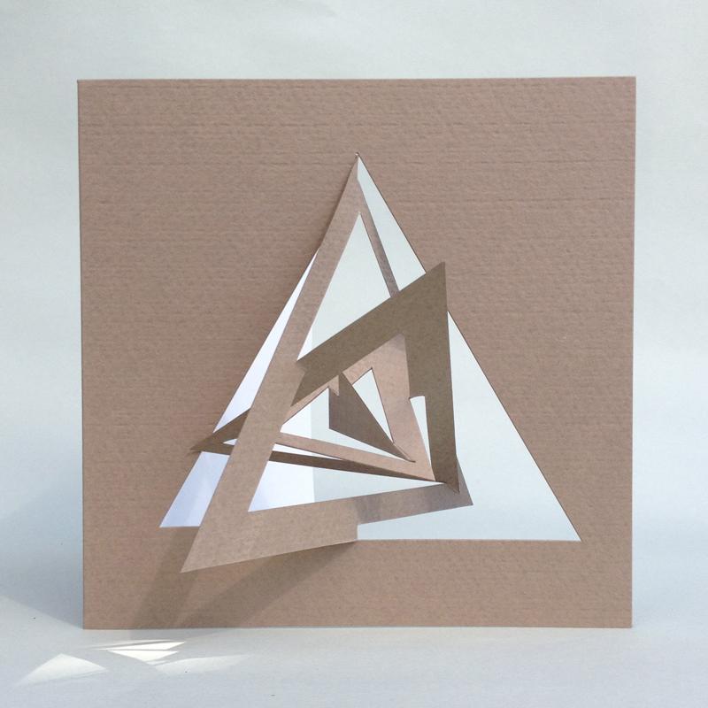Trekant kort bauhaus stil lys brun design kort for Bauhaus design shop